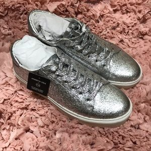 Kenneth Cole silver platform sneakers size 9 nwt